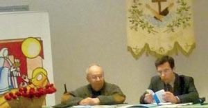 Scuola di Pace - Il dott. Paolo Evangelisti presenta la sua relazione.